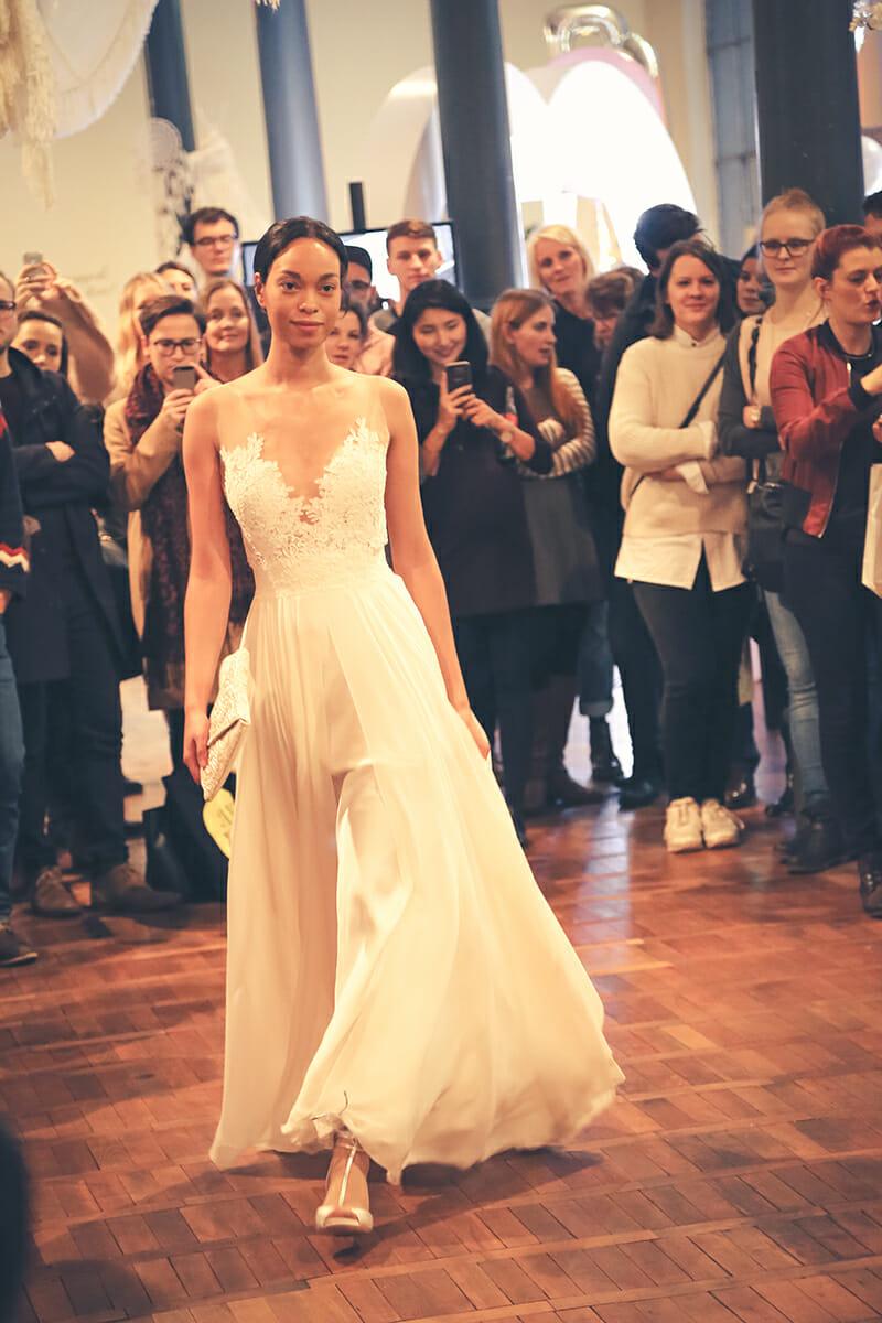 Brautkleid Modell TESS von ANNE WOLF