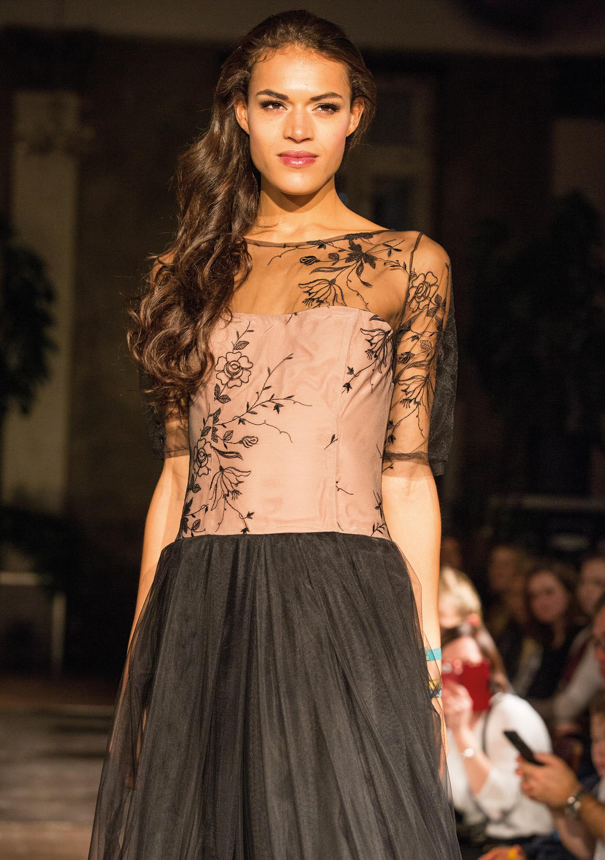 ANNE WOLF Abendkleider Modell: Gundel