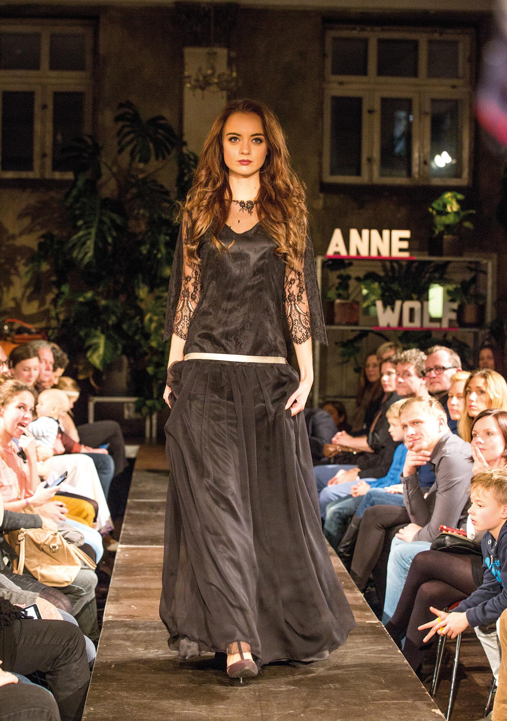 ANNE WOLF Abendkleider Modell: Iva