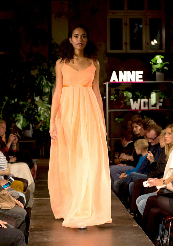ANNE WOLF Abendkleider Modell: Linn